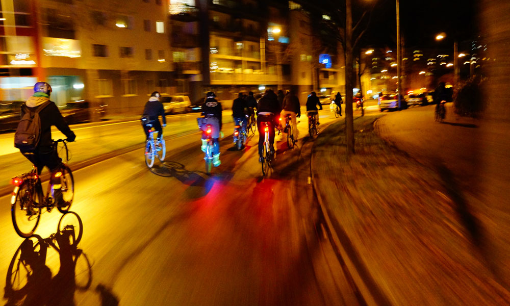 Darker Nights Cycling Tips